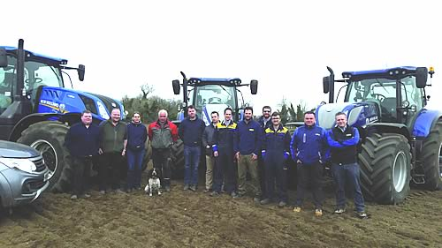 New Holland Team Tours The Uk With T7 Tractors